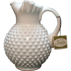 Very Nice Vintage Fenton Hobnail Milk glass 64 Ounce Ice Lip Jug Very Good Condition Fenton Milk Glass, Fenton Glassware, Vintage Glassware, Design Room, Design Design, Interior Design, My Glass, Carnival Glass, Glass Collection
