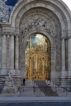 Le Petit Palais Entry ~ Paris, France. Pinterest:@JORDANLANAI