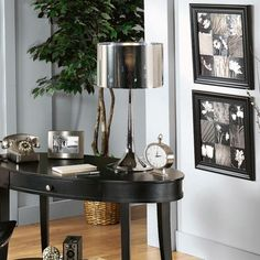 keystone table lamp. shiny.