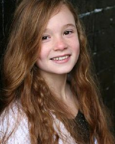 Ellie Darcey-Alden (young Lily Evans) theses names are all favorites of mine! Lily Potter, James Potter, Lily Evans Potter, Doctor Who Series 7, Hogwarts, Laura Carmichael, Jessica Brown Findlay, Gellert Grindelwald, Gorgeous Redhead