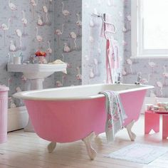 1000 images about bathrooms on pinterest schumacher for Discount bathroom wallpaper