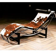 Cowhide Furniture, Outdoor Furniture, Outdoor Decor, Barcelona Chair, Sun Lounger, Home Decor, Chaise Longue, Decoration Home, Room Decor