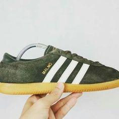adidas green classic