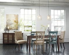 Love that table and chairs