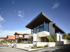 A modern suburban family house by Steve Domoney Architecture in Williamstown, a suburb of Melbourne, Australia.