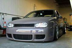 Vw R32 Mk4, Golf Mk4 R32, Vw Motorsport, Volkswagen Golf Mk1, Golf 4, Custom Cars, Cool Cars, Dream Cars, Porsche