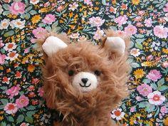 "@mamajuguete on Instagram: ""feliz viernes! #pelosos #mamajuguete"" Teddybear, Handmade Toys, Animals, Vintage, Instagram, Happy Friday, Toys, Fondant Teddy Bear, Animales"