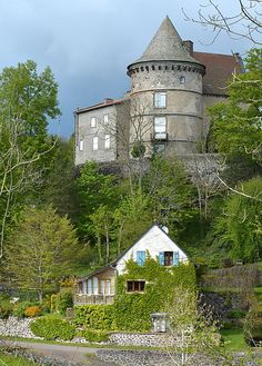 Clermont Ferrand, Beaux Villages, France 1, Rhone, Aquitaine, Alsace, Provence, Mansions, Street