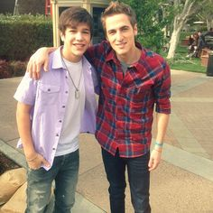 Austin Mahone and Kendall Schmidt in the same picture?!?! What?!?! Too much cuteness in one photo