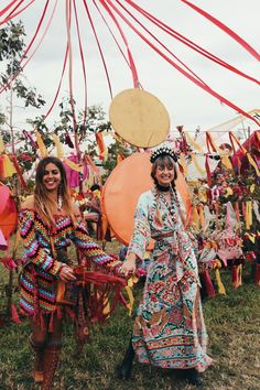 Glastonbury Days – Spell & the Gypsy Collective