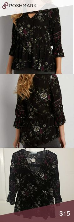 Maurices Floral Peasant Top Nwt.  Flirty floral top. Maurices Tops Blouses