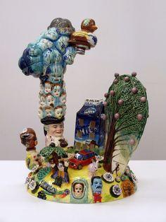 En artnau hemos visto a muchos artistas de la cerámica pero cuando crees que lo has visto todo y raramente te volverás a sorprender… Bingo! Va y apareceStephen Bird y sus locas genialidades.                       …