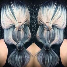 Hair has always been my favorite canvas 💗 'Mixed Metals' shine line FTW ✨ @sandi_rose @kenraprofessional @brazilianbondbuilder #metallichair #hairstylist #hairstyle #greyhair #silverhair #fleshtoned #blonde