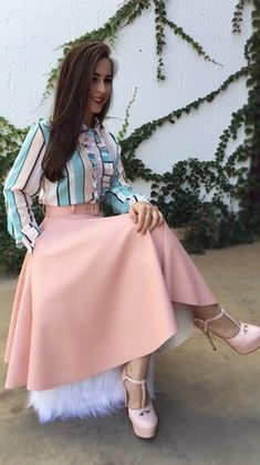 Swans Style is the top online fashion store for women. Shop sexy club dresses, jeans, shoes, bodysuits, skirts and more. Modest Outfits, Skirt Outfits, Modest Fashion, Hijab Fashion, Dress Skirt, Casual Outfits, Cute Outfits, Fashion Outfits, Pleated Skirt