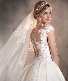 Pronovias > ADELA - Sleeveless lace and tulle wedding dress with a sweetheart neckline