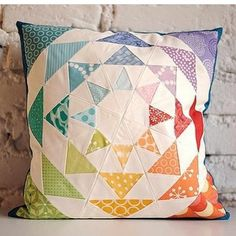 How amazing is this pillow.  Thank you lieblingsdecke.blog for this amazing…