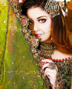 Wedding Dresses For Girls, Bridal Wedding Dresses, Fb Girls, Bride Poses, Pakistani Bridal Dresses, Bridal Pictures, Cute Girl Pic, Girls Dpz, Boys Dpz