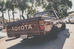 Toyota Hilux minivan