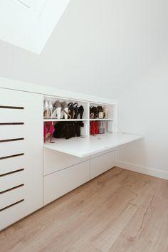Attic Bedroom Designs, Bedroom Bed Design, Attic Rooms, Attic Spaces, Home Bedroom, Attic Storage, Storage Spaces, Studio Floor Plans, Loft Room