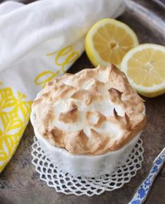 Easy recipe for a MINI Lemon Meringue Pie. This single serving pie has a big fluffy toasted meringue topping, a sweet and tart lemon filling and a crisp graham cracker crust. Baked in a ramekin it's the perfect size for anyone cooking for one. Individual Desserts, Small Desserts, Lemon Desserts, Easy Desserts, Delicious Desserts, Dessert Recipes, Pudding Desserts, Mini Desserts, Dinner Recipes