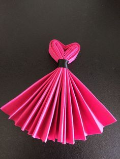 Best DIY Napkin Folding Tutorial Ideas – Home and Apartment Ideas The Chic Technique: Party Dress Napkins. interesting napkin fold - no tut accordian fold, tie with ribbon. Make top into a v-shape, fan out skirt. Combine with bow-tie napkins for a wedd Diy And Crafts, Paper Crafts, Gourmet Gifts, Party Time, Party Party, Party Ideas, Birthday Parties, Valentines, Table Decorations