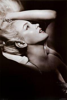 Rare shot of the beautiful Marilyn Monroe