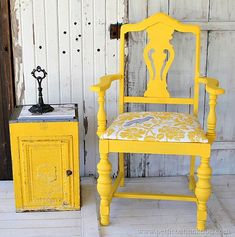 This yellow chair makes me smile. I love the bright, cheerful, color and the fabric for the seat is fun and stylish. The paint is Behr in a flat finish. Yellow Painted Furniture, Painted Chairs, Distressed Furniture, Chair Makeover, Furniture Makeover, Furniture Projects, Diy Furniture, Painting Furniture, Diy Projects