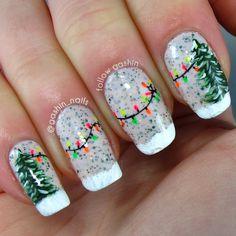 Green-Christmas-Tree-And-String-Lights-Manicure Festive Christmas Nail Art Ideas Christmas Tree Nails, Christmas Manicure, Christmas Nail Art Designs, Holiday Nail Art, Xmas Nails, Winter Nail Art, Winter Nails, Diy Nails, Green Christmas