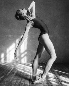 © Alexander Yakovlev Александр Яковлев. #Ballet_beautie #sur_les_pointes