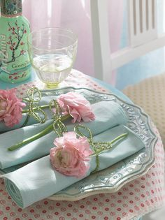 Beautiful soft plate with intricate design. Love this pastel setting.