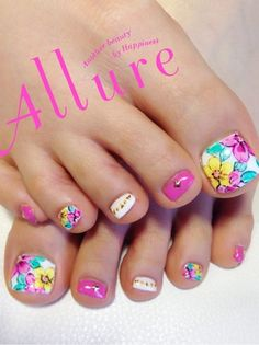 Check out this collection of toe nails art designs & ideas of these are super amazing and you will love to apply them. Pedicure Nail Art, Pedicure Designs, Diy Nail Designs, Toe Nail Art, Diy Nails, Beautiful Nail Designs, Beautiful Nail Art, Nail Art Pieds, Feet Nails