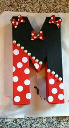 Minnie mouse hand painted letter M More Я так Painting Wooden Letters, Diy Letters, Letter A Crafts, Painted Letters, Hand Painted, Decorating Wooden Letters, Framed Wooden Letters, Wood Letters Decorated, Cardboard Letters