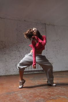 Hip hop Trend as well as having the Newest Tendencies out there and Footwear apparel Jazz Dance, Lets Dance, Dance Art, Ballet Dance, Tango, Urban Dance, Hip Hop Dance Outfits, Ropa Hip Hop, Breakdance