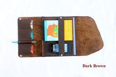 Einzigartige Design Tablet Case 100 % hergestellt aus echten Rindleder, handgemacht und Handstitched in extrem langlebig Rückenheftung in zwei