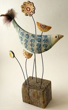 North Yorkshire Open Studios - Artist Shirley Vauvelle- this is ceramic but what about soft sculpture? Clay Birds, Ceramic Birds, Ceramic Clay, Clay Projects, Clay Crafts, Sculptures Céramiques, Wood Sculpture, Paperclay, Bird Art