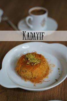 Tasty Videos, Food Videos, Turkish Baklava, Chocolate Biscuit Cake, Turkish Kitchen, Arabic Dessert, Just Eat It, Weird Food, Food To Make