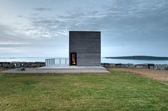 Villa moderna di lusso progettata da MacKay-Lyons Sweetapple Architects