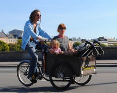 Family trip on one bicycle