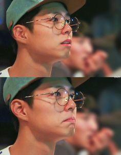 Park Bo Gum Reply 1988, Dj Video, Park Go Bum, Korean People, Black Aesthetic Wallpaper, Kdrama Actors, Beautiful Eyes, Boyfriend Material, Korean Actors