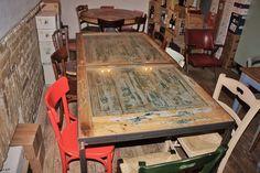 Realizzazione artigianale di tavoli per ristoranti e locali commerciali - Emanuele Pricolo