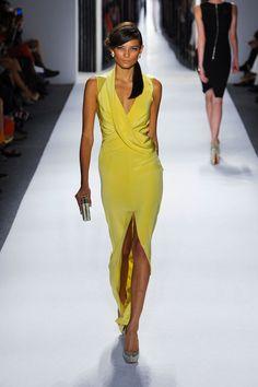 Hello yellow. Stunner. // Jenny Packham, Spring 2013