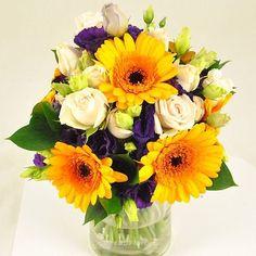 Buchet de mireasa/nasa doar la 123flori Nasa, Floral Wreath, Wreaths, Table Decorations, Weddings, Beauty, Floral Crown, Door Wreaths, Wedding