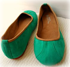 ISLANDER- Ballet Flats - Suede Shoes - 40- SEA GREEN. Available in different colours & sizes. $79.00, via Etsy.