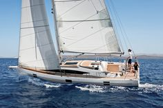 For the Azuree 41 Rob Humphreys used the technical solutions that made a success of the top of the range on a yacht that is remarkably smaller. Boat Brands, Best Boats, Exterior Design, Sailing, Meet, Sports, Sailboats, Yachts, High Level