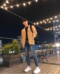 Asian Men Fashion, Korean Street Fashion, Fashion Mode, Stylish Mens Outfits, Casual Outfits, Korean Outfits, Boy Outfits, Look Man, Mens Clothing Styles