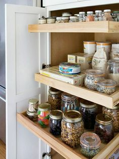 Genius Kitchens: Space Saving Details for Small Kitchens - *Pantry pull out shelves from BHG Kitchen Pantry Design, Kitchen Organization Pantry, Home Organization, Organized Kitchen, Pantry Storage, Smart Storage, Pantry Ideas, Storage Ideas, Food Storage