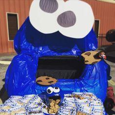 Cookie Monster Trunk or Treat #cookiemonster #trunkortreat #halloween2015…