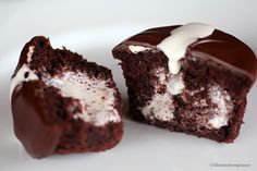 Candy Stuffed Cupcake Recipes   But my cupcakes are not Mock Hostess Cupcakes, the bloggers I ...