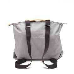 QWSTION -SIMPLE ZIPTOTE ORGANIC RAWCYCLED - We've always liked simple holdalls, but also the comfort of a backpack when carrying some weight. Our new Simple Ziptote offers both. With a volume suited for daily use, an outside and some inside pockets and our Simple-Strap-System®, you get lots of versatility with classic style. Artistic Installation, Classic Style, Organic Cotton, Backpacks, Pockets, Simple, Bags, Collection, Handbags