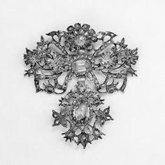 18th century jewelry | Brooch Date: 18th century | Amazing Antique Jewelry